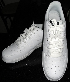 Men's Nike White Running Shoes With White Shoe Laces
