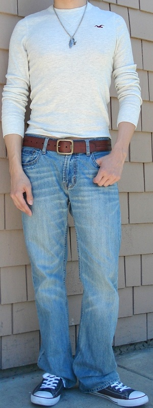 Men's Beige Tee Brown Leather Belt Gray Shoes