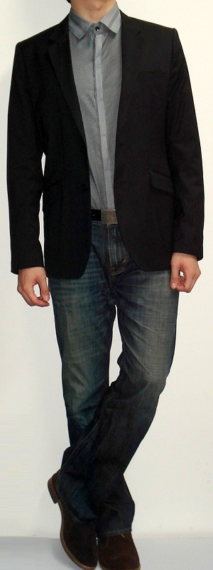 Men's Black Blazer Dark Gray Striped Shirt Dark Blue Jeans Brown Boots Black Belt