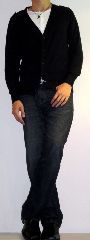 Men's Black Cardigan Sweater White Button T-Shirt Dark Blue Jeans Black Leather Loafers