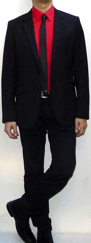 Men's Black Suit Blazer Red Dress Shirt Black Tie Black Belt Black Dress Pants Black Leather Loafers