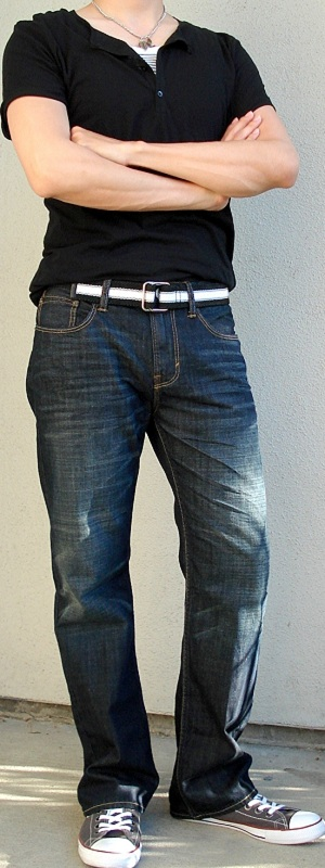 Men's Black T-Shirt Black Webbing Belt Dark Blue Jeans Gray Shoes