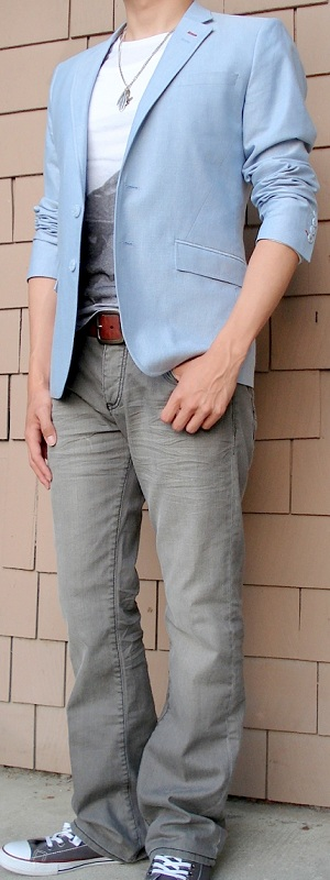 Men's Blue Blazer White Graphic Tee Brown Belt Gray Jeans Gray Shoes