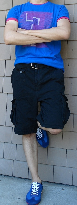 Men's Blue Graphic Tee Black Shorts Blue Shoes