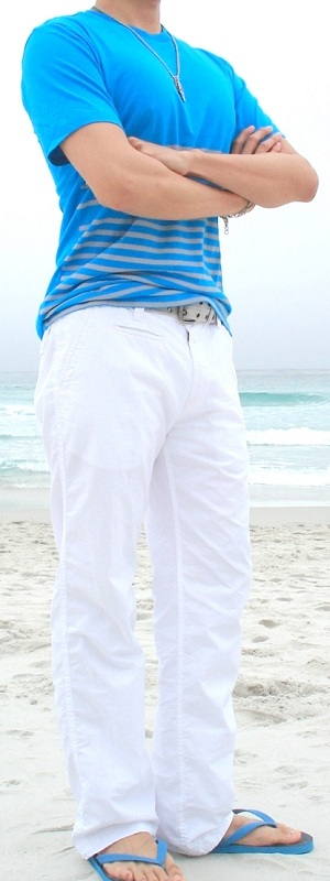Blue T-Shirt Gray Cotton Belt White Casual Pants Blue Sandals