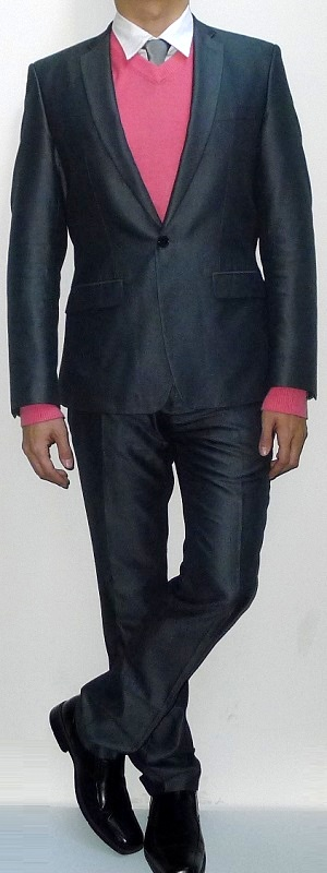 Men's Dark Gray Suit Jacket Pink V-neck Sweater Gray Tie White Shirt Dark Gray Suit Pants Black Leather Shoes