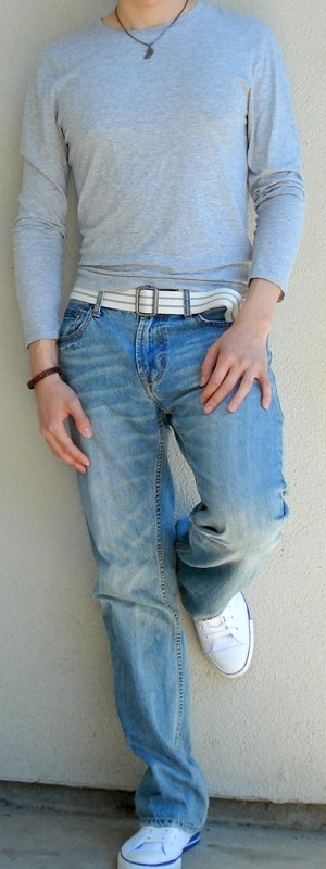 Gray Long Sleeve T-Shirt Light Blue Jeans White Belt White Shoes