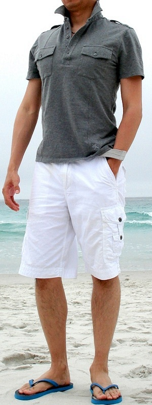 Gray Polo Gray Belt White Cargo Shorts Blue Sandal