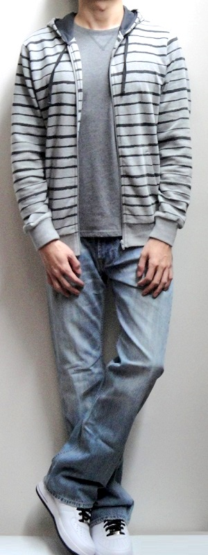 Gray Striped Hoodie Jacket Gray Solid T-shirt Light Blue Jeans White Sports Shoes