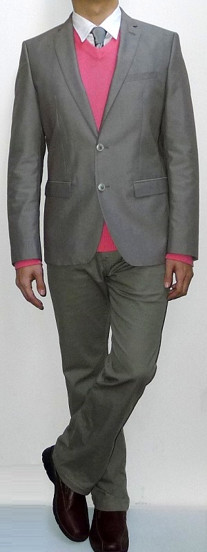 Men's Khaki Suit Jacket Pink V-neck Sweater Silver Tie White Shirt Khaki Pants Brown Leather Shoes