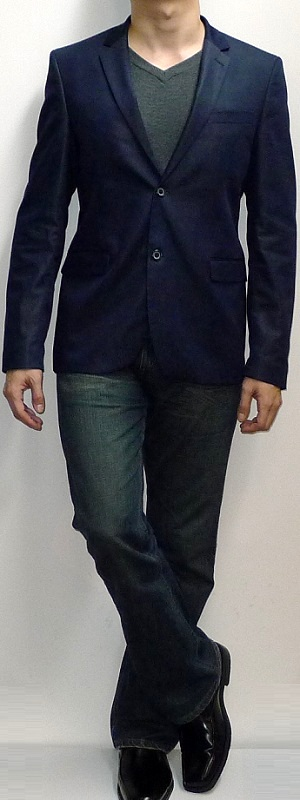 Men's Navy Blazer Black V-neck T-shirt Dark Blue Jeans Black Dress Shoes Black Belt