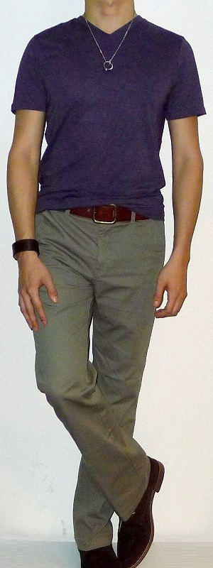 Men's Purple V-neck Short Sleeve T-shirt Khaki Pants Brown Belt Brown Ankle Boots