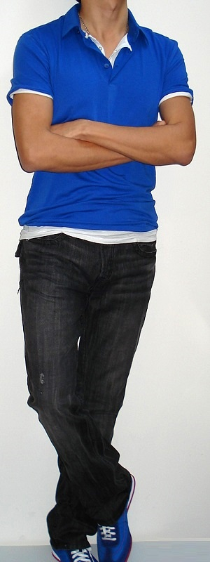 Men's Blue Polo White Short Sleeve T-shirt Black Jeans Blue Sneakers