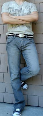 Beige Graphic Tee Brown Cotton Belt Gray Jeans Gray Shoes
