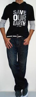 Black 3/4 Sleeve Graphic T-shirt Black White Belt Dark Blue Jeans Gray Sneakers