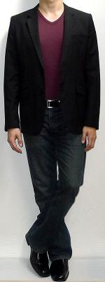 Black Blazer Maroon T-shirt Dark Blue Jeans Black Loafers Black Belt