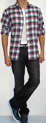 Black Red White Plaid Shirt White T-shirt Black White Belt Black Jeans Gray Shoes