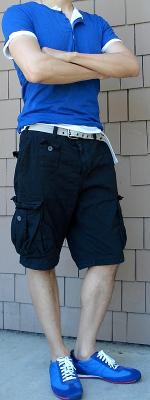 Blue Button T-Shirt Gray Belt Black Shorts Blue Shoes