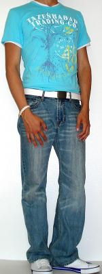 Blue Graphic T-Shirt Light Blue Jeans White T-Shirt White Belt White Shoes