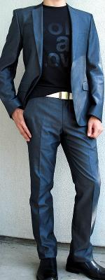 Dark Gray Suit Black Graphic Tee Black Dress Shoes