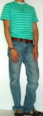 Green Striped T-Shirt Brown Leather Belt Light Blue Jeans Brown Sneakers