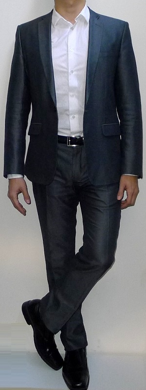 Men's Silver Suit Blazer White Dress Shirt Black Leather Belt Silver Suit Pants Black Dress Shoes