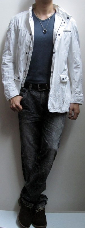 Men's White Jacket Dark Blue T-Shirt Black Snow Jeans Suede Ankle Boots