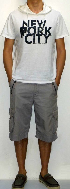 White Short Sleeve Hooded Graphic Tee Gray Cargo Shorts Gray Boat Shoes