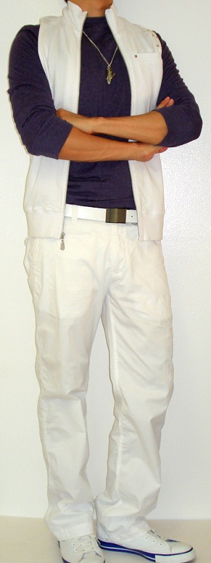 Men's White Vest White Belt White Pants White Shoes Purple T-Shirt